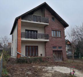 Balatonalmádi családi ház eladó!