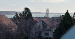 Balatonalmádi panorámás ház